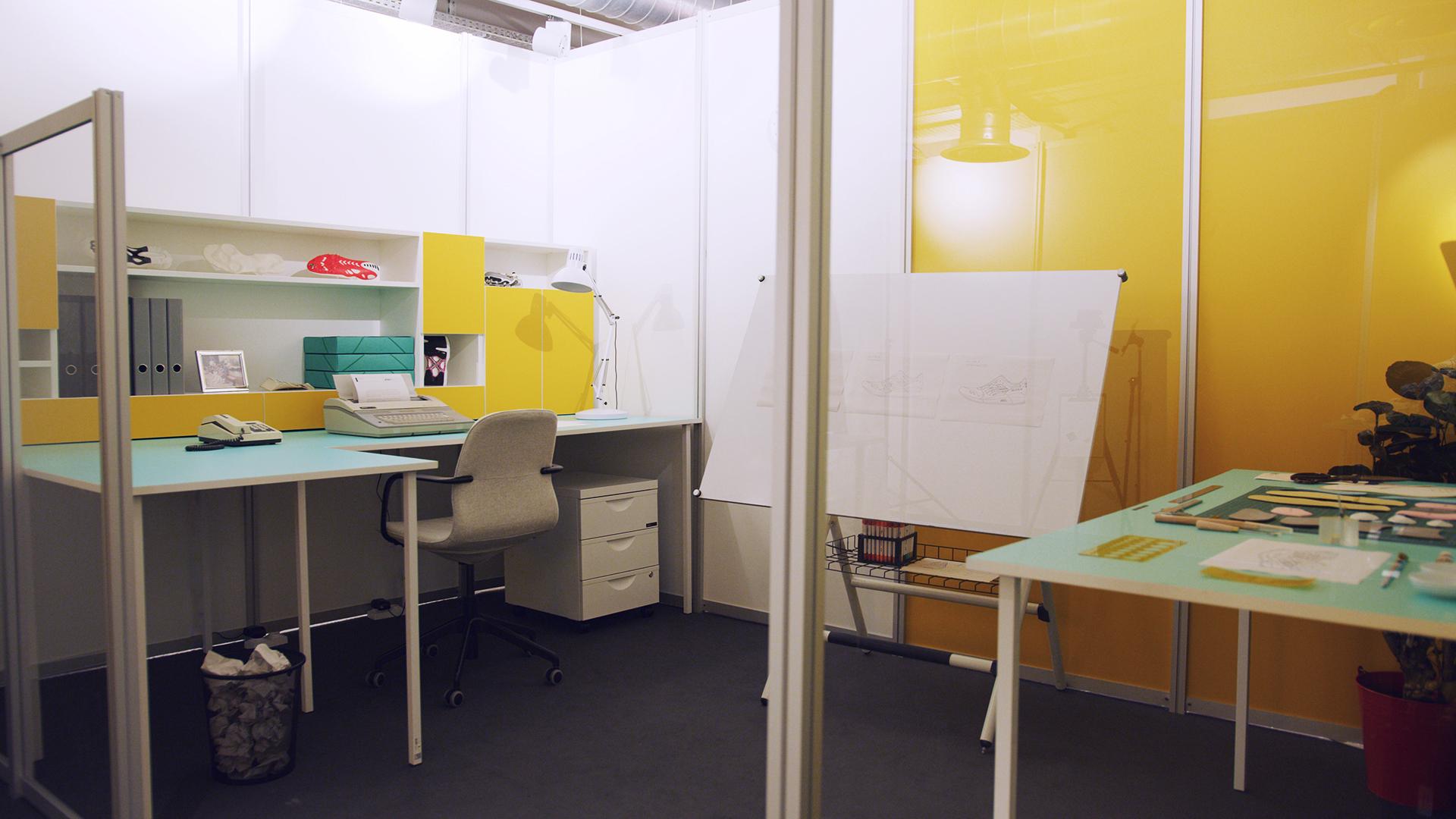 ASICS-GEL-LYTE-III-30-Year-Celebration-22Mitsui-Museum22-Paris-Fashion-Week-2019-Office-01